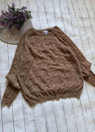 Красивый коричневый свитер косичка с отличным составом