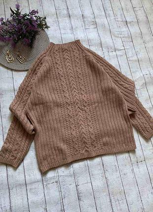 Теплый свитер с отличным составом