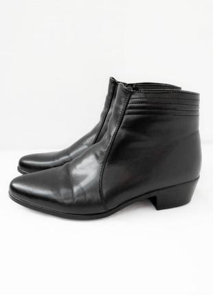 Стильные демисезонные ботинки memphis. размер uk10/ eur44.
