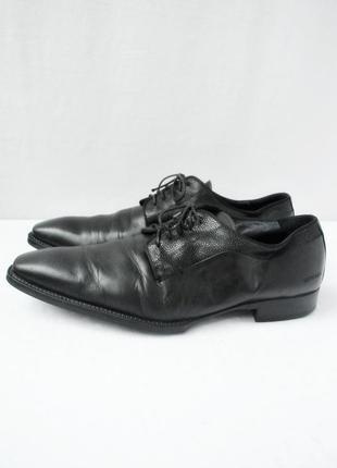 Стильные фирменные классические кожаные туфли wittchen. размер uk10/ eur44.