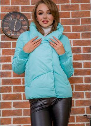 Куртки стильные короткие ,демми для средних температур  s m