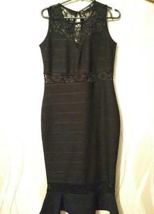 Шикарное новое платье  boohoo фасон рыбка миди