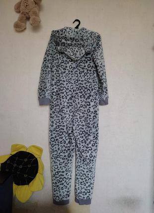 Теплый флисовый комбинезон человечек снежный барс пижама
