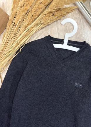 Тёплый шерстяной свитер от hugo boss, оригинал😎