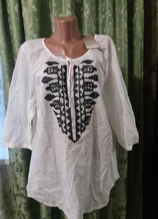 Новая батистовая вышитая блуза