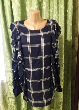 Новая блуза в клетку с рюшей/сзади на пуговицах