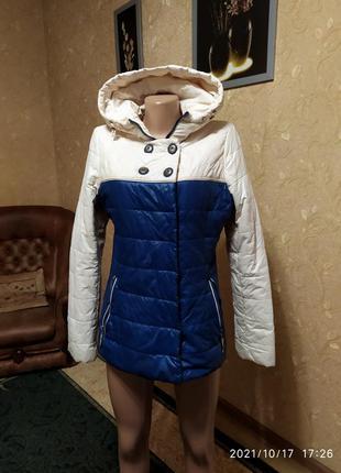 Классная куртка на осень или весну