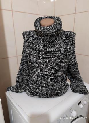 Стильные теплый свитер меланж