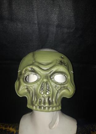 Маска череп на хеллоуин