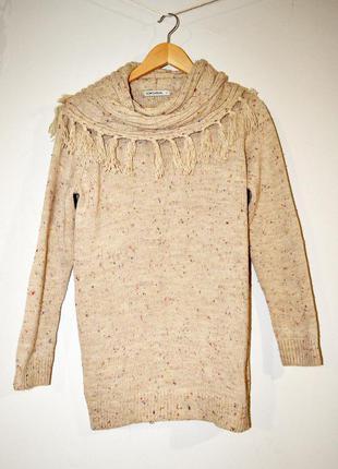 Очень теплый свитер с игривым воротником