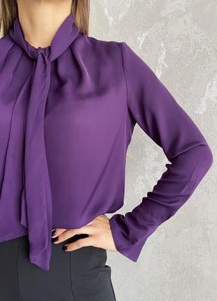 Красивая блуза с бантом