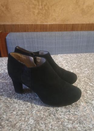 Женские замшевые ботинки бренд   unica