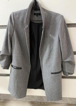 Удлиненный пиджак ,жакет new look