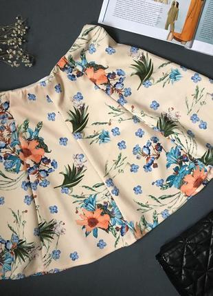 Стильная юбка с цветочным принтом s