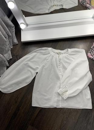 Блуза с объёмными рукавами 🤍