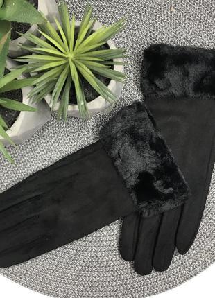 Перчатки с мехом декором для телефона  под замш
