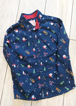 Шикарная новогодняя рубашечка на юного модника!! 3-4 года..