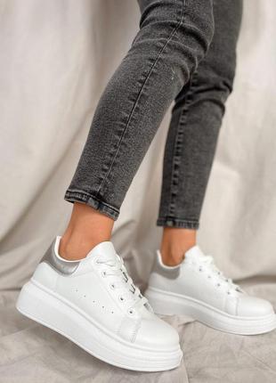 Белые кеды криперы кроссовки кроссы с серебренным задником