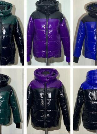 Короткая зимняя куртка монклер с эффектом лака