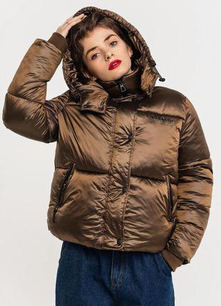 Объемная теплая куртка дутик