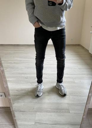 Зауженные джинсы рваные джинсы h&m штаны h&m