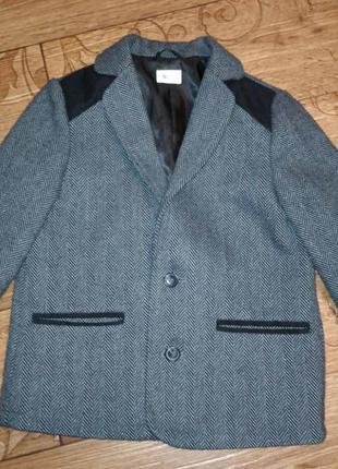 Стильный пиджак 5 лет