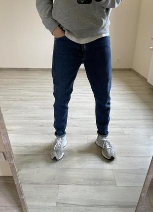 Зауженные джинсы levi's line 8