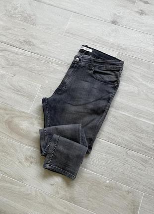 Серые джинсы зауженные джинсы zara
