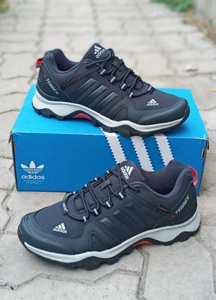 Мужские термо кроссовки adidas terrex синие. демисезонные