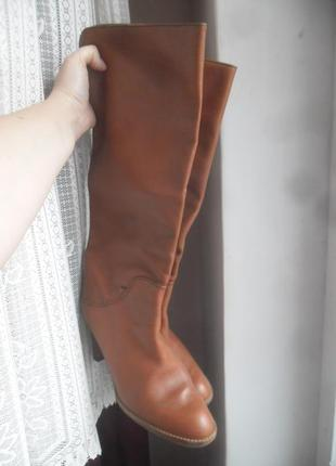 Високі італійські шкіряні чоботи