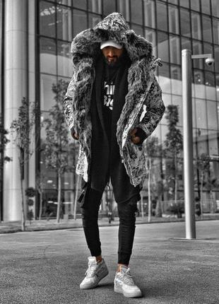 Пуховик мужской черный