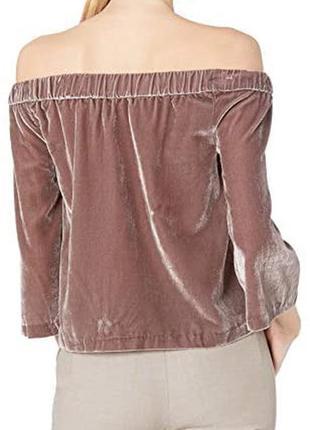 Шикарная блуза топ из велюра с открытыми плечами от calvin klein,p . m