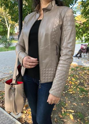 Кожаная куртка, демисезонная куртка, шкіряна куртка s-m р.