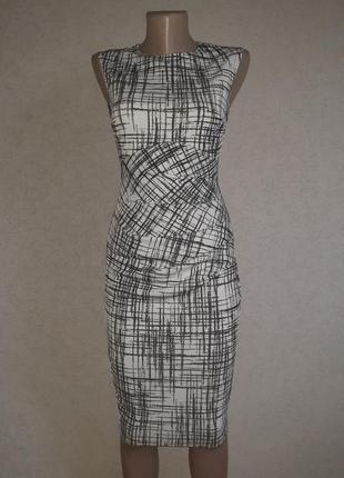 Платье футляр, карандаш