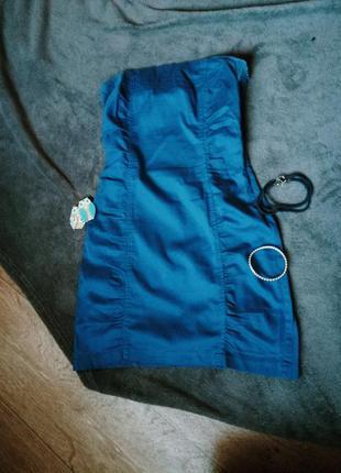 Синее платье в обтяжку