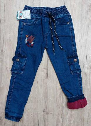 Теплые джинсы на махре мальчику рр.110-128 beebaby (бибеби)