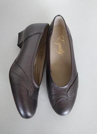 Туфлі шкіряні як нові англія.