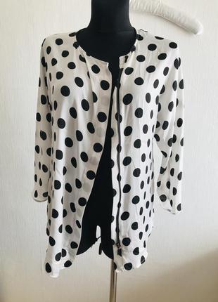 Блузка на замке в горох