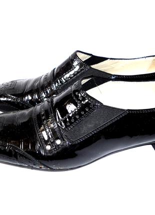 Кожаные лаковые туфли donna carolina р.38 стелька 24,5см кожа