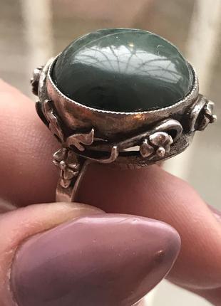 Серебрянное кольцо с малахитом