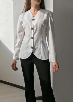 Белая винтажная хлопковая блуза с длинным рукавом и пуговицами