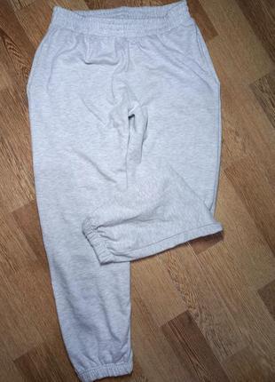 Спортивні штани   розмір 12  стан ідеальний  на байці