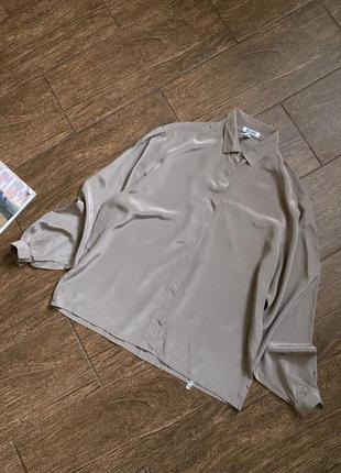Потрясающе красивая шелковая блуза /рубашка monn
