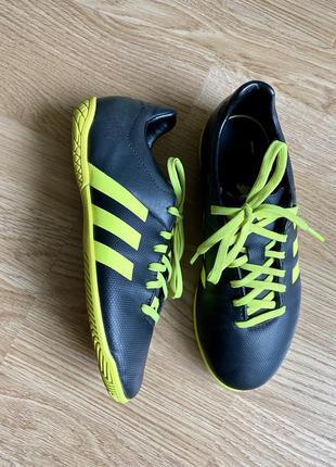 Футзалки, дитячі футзалки, детские кроссовки 35 р.,adidas