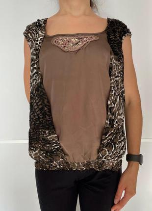 Майка коричневая праздничная в принт, блуза liu jo оригинал.