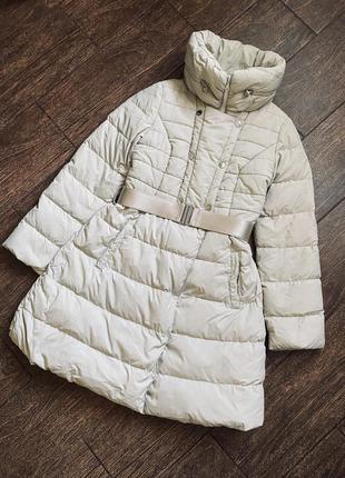 Шикарного качества пуховое пальто.  оригинал
