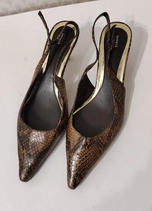 Туфли острый мыс босоножки с закрытым носком классика лодочки с открытой пяткой каблук рюмочка
