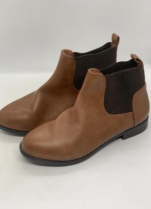 Ботинки полусапожки 36р