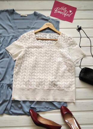Белая вышитая блуза