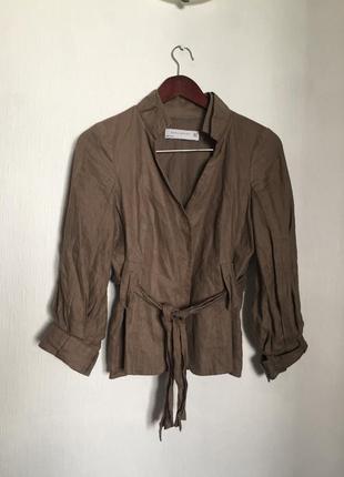 Льняной жакет-блуза под пояс с пышным рукавом